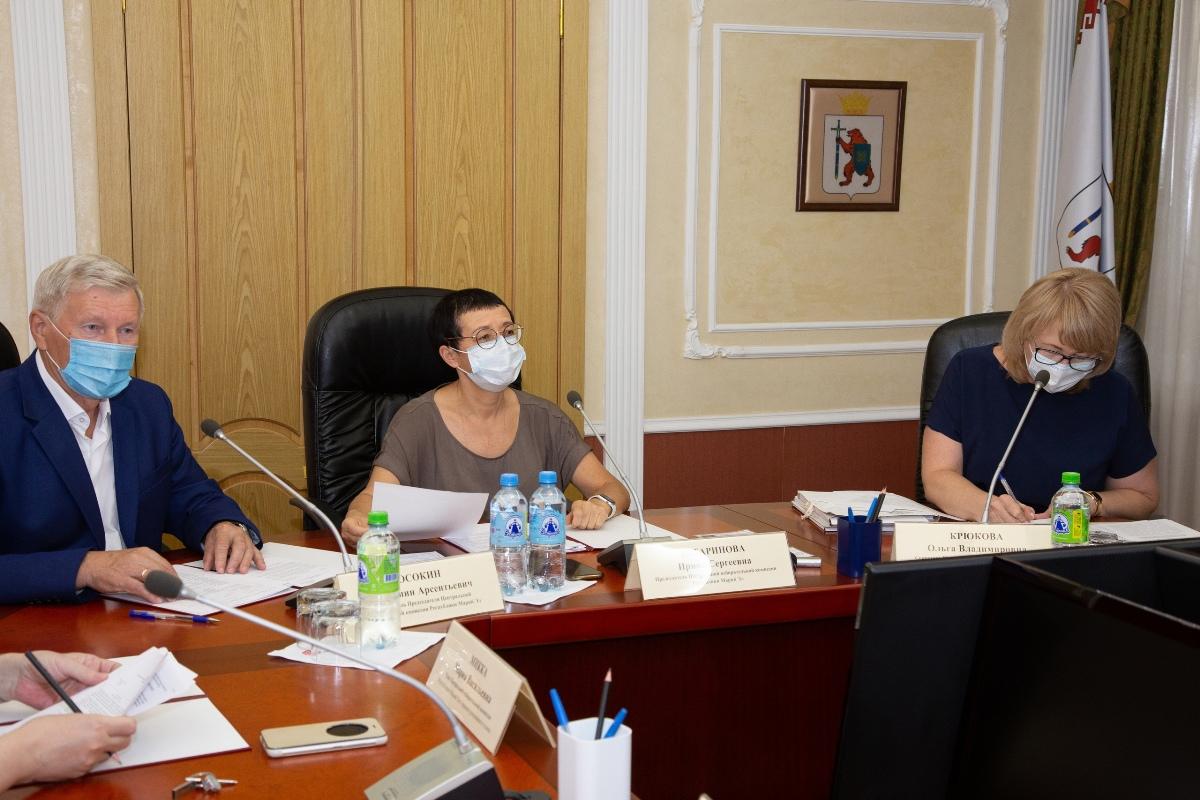 ЦИК Марий Эл зарегистрировал первых трех кандидатов в депутаты Госдумы