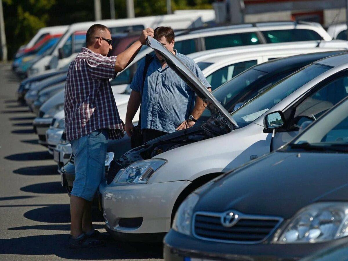 Названы автомобили с пробегом, которые не стоит покупать на вторичном рынке РФ