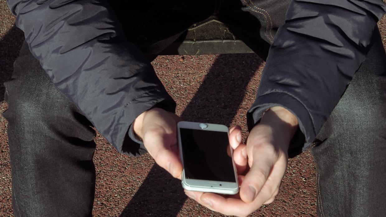 В Марий Эл полицейские советуют при потере смартфона немедленно блокировать симку