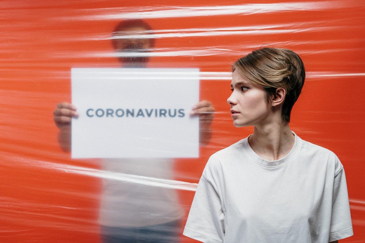 В ФМБА рассказали о более низкой заболеваемости COVID-19 среди аллергиков