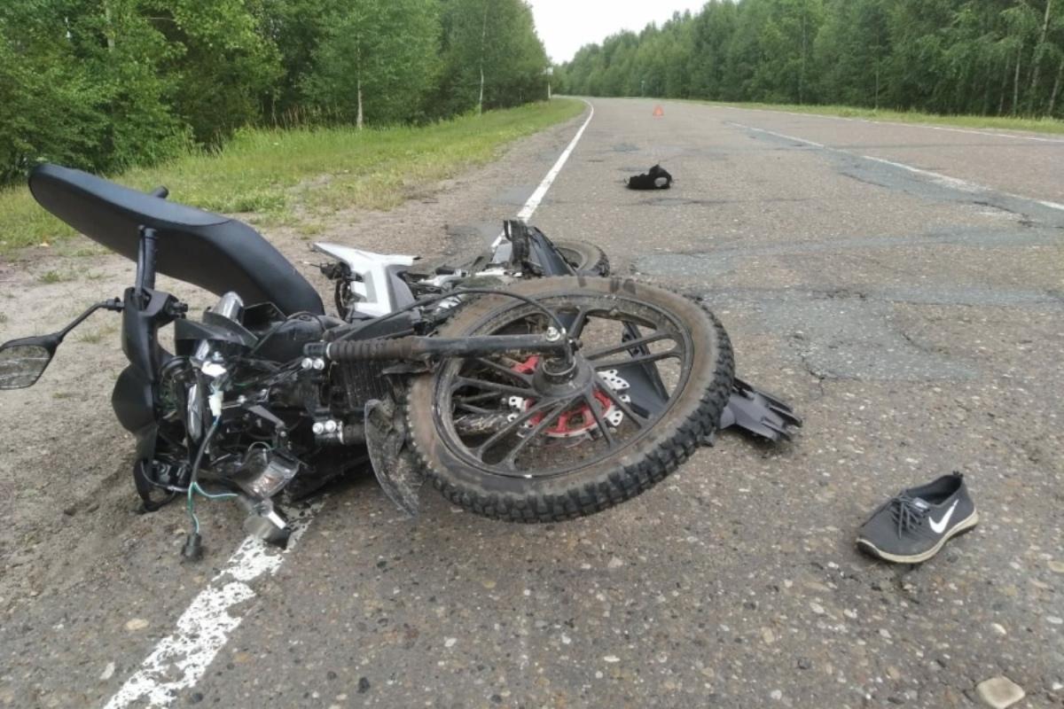 В Марий Эл в аварии пострадали два подростка, ехавшие на мопеде