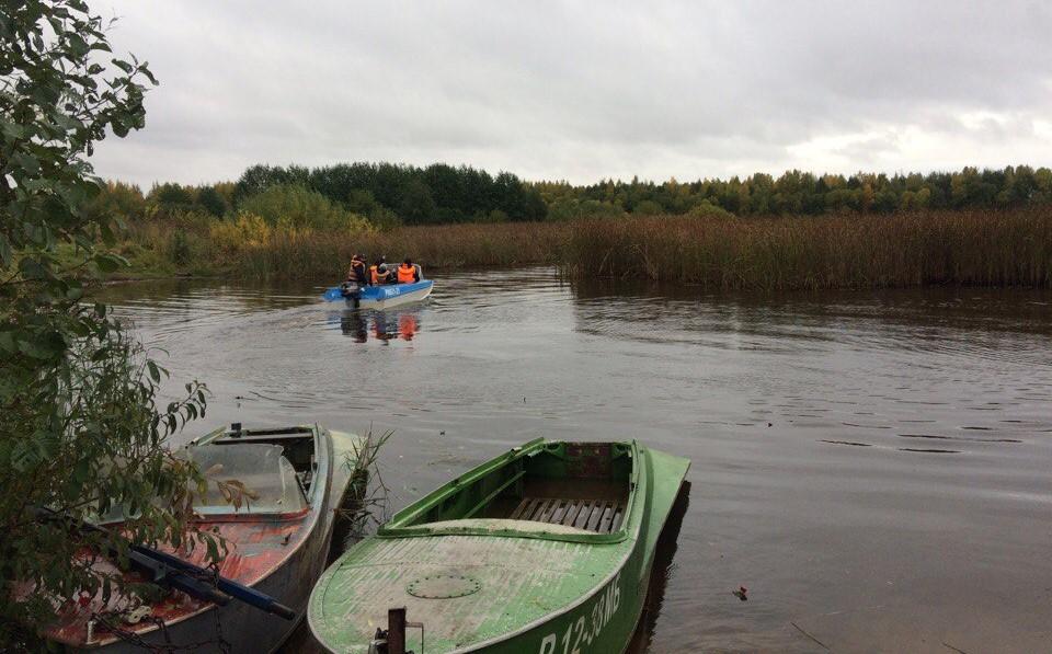 В Марий Эл спасатели обнаружили тело рыбака с перевернувшейся лодки