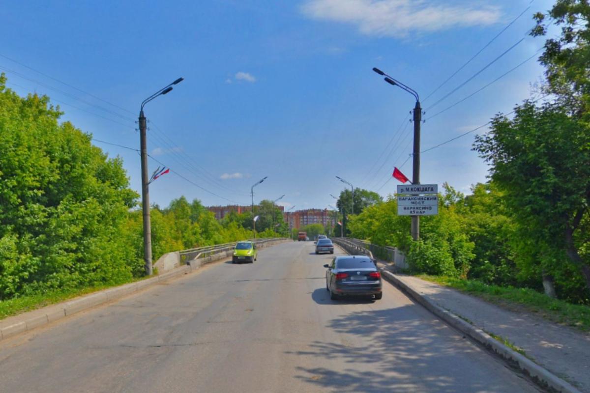 Жителей Йошкар-Олы предупредили об опасности плавания под Вараксинским мостом