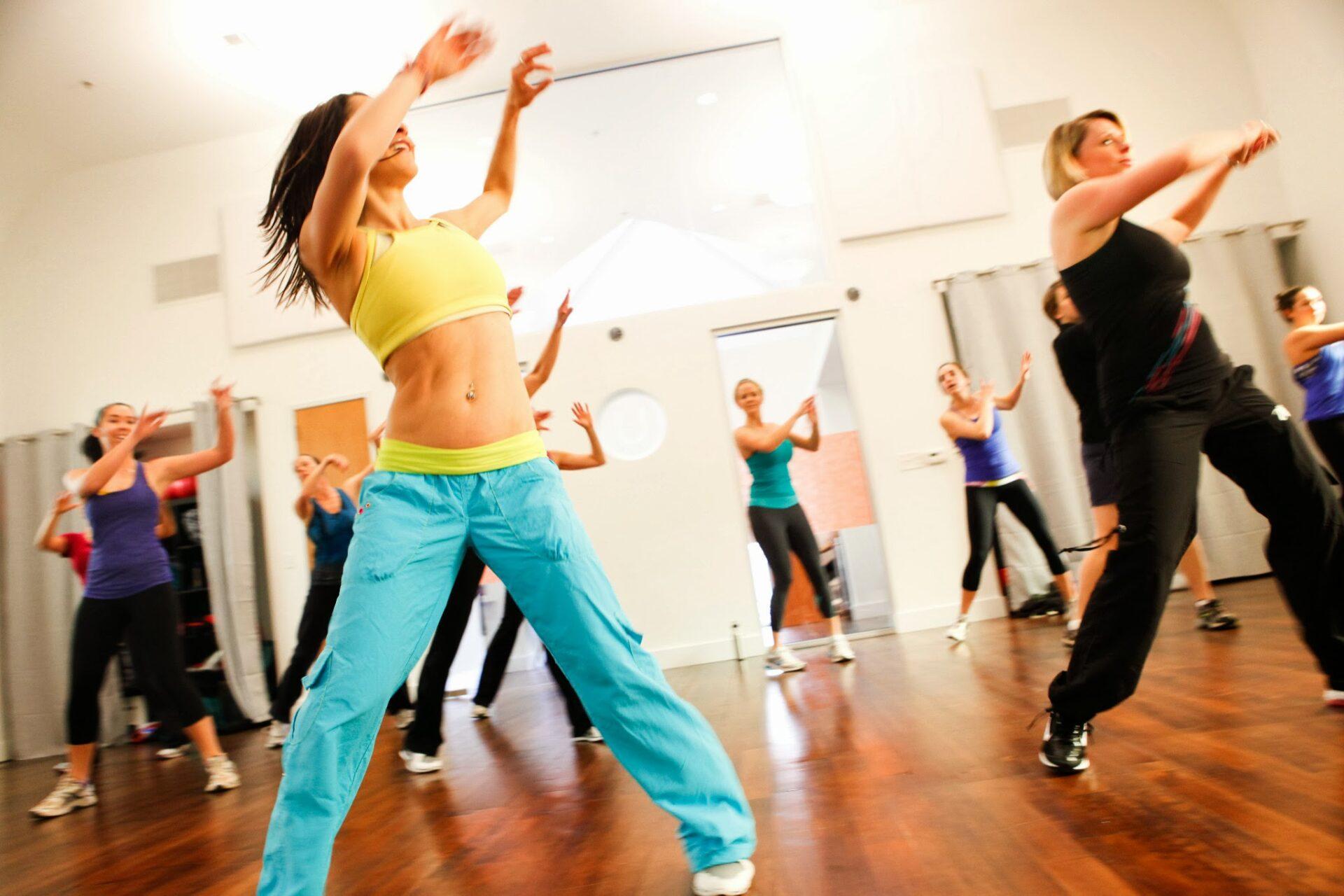 В постменопаузе женское здоровье улучшат занятия танцами