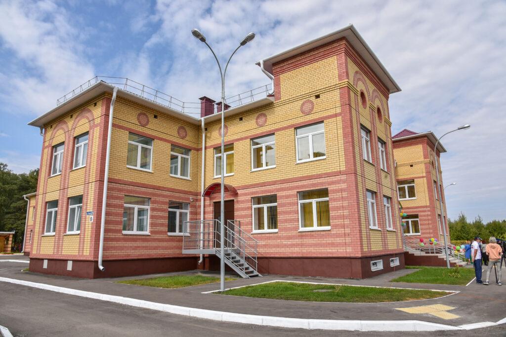 Глава Марий Эл открыл новый детский сад «Теремок» в Медведево на 100 мест