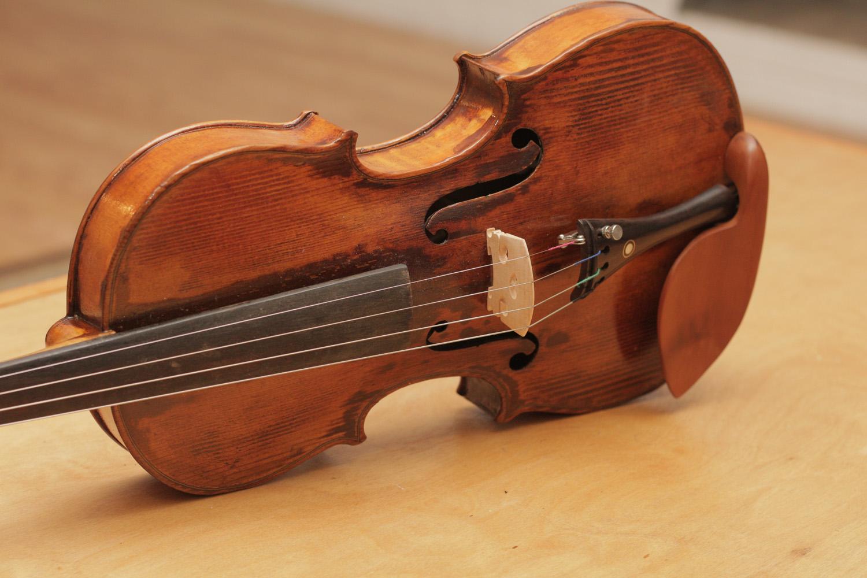 В Техасском университете A&M объяснено звучание скрипок Страдивари химическим составом