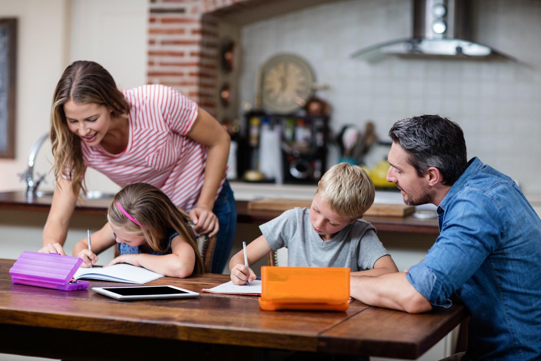 Выплату на школьников получили свыше 75 тысяч семей Марий Эл