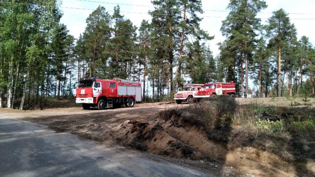 К тушению лесных пожаров в Марий Эл 27 августа привлечены 700 человек и 112 единиц техники