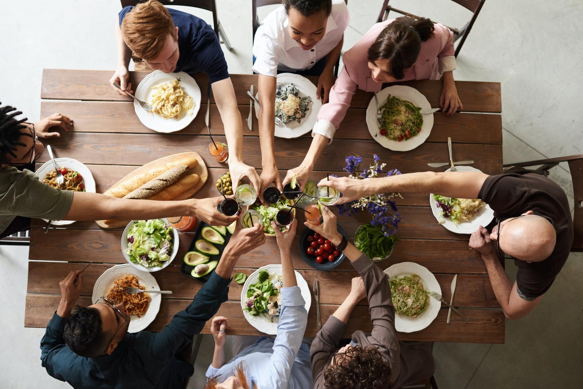 Нутрициолог Савельева назвала продукты, вызывающие пищевую зависимость