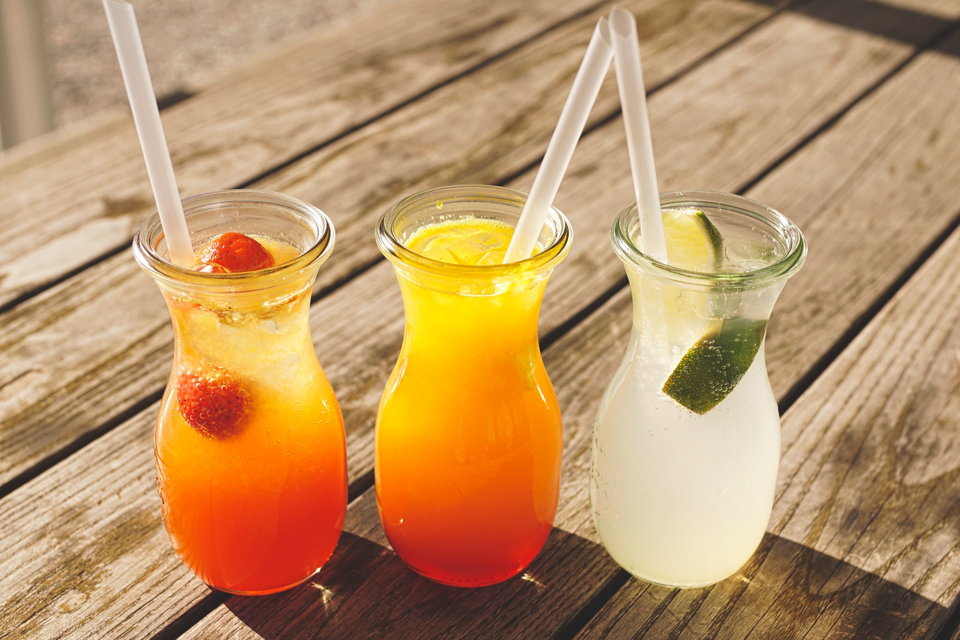 Онколог Смирнова предупредила, что сладкие напитки повышают риск рака кишечника вдвое