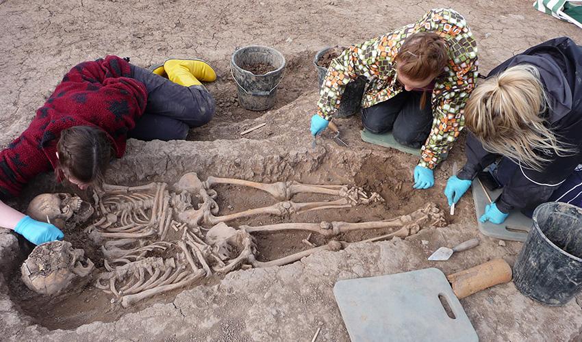 Более 6000 лет назад древних жителей Германии погребали без учета социального статуса