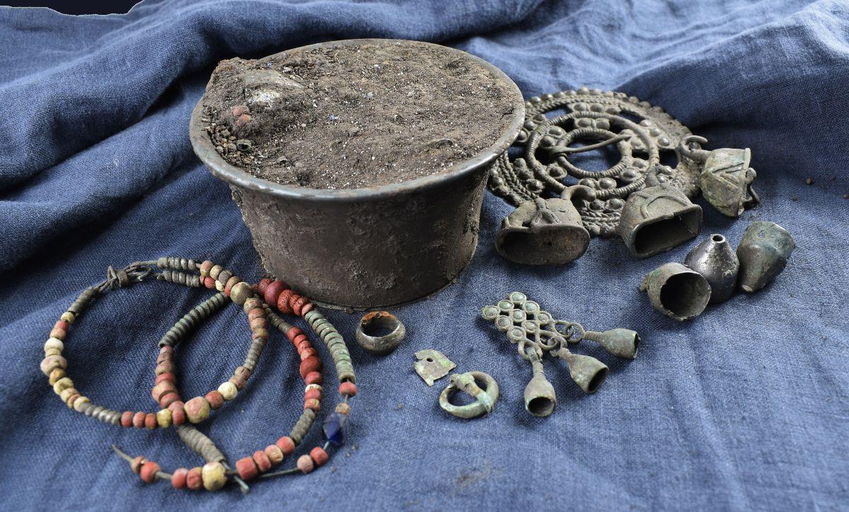 В Суздале и Старой Рязани нашли два редких клада возрастом более тысячи лет