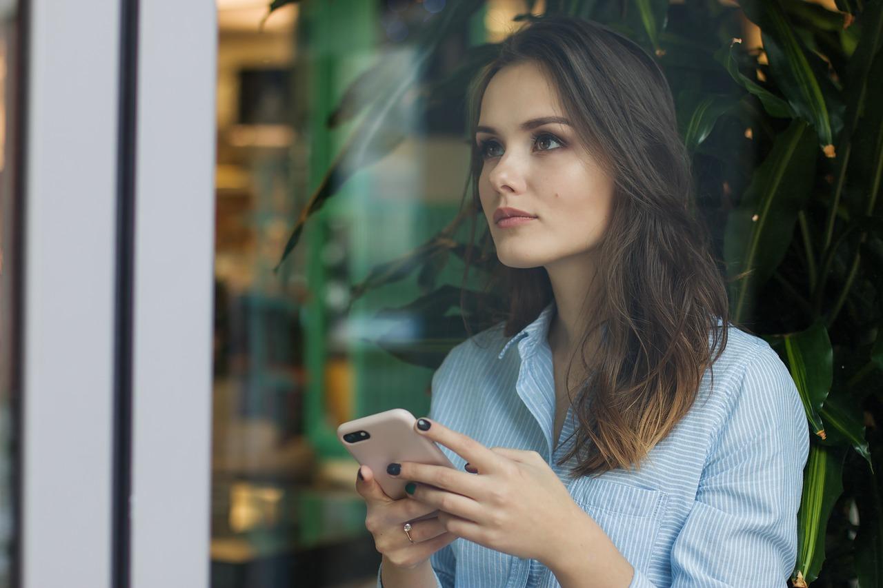 Сексолог Миллер обосновала сложности поиска знакомств в приложениях