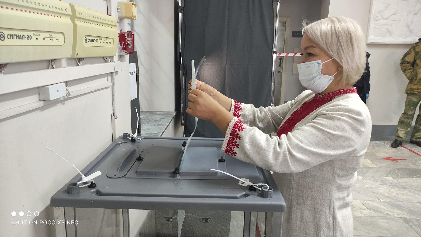 На выборах в Госдуму проголосовали руководитель Центра марийской культуры и мэр Йошкар-Олы