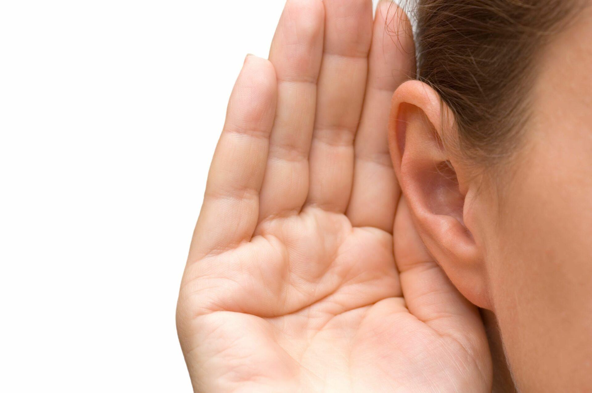 Американские ученые подтвердили связь между потерей слуха после COVID-19
