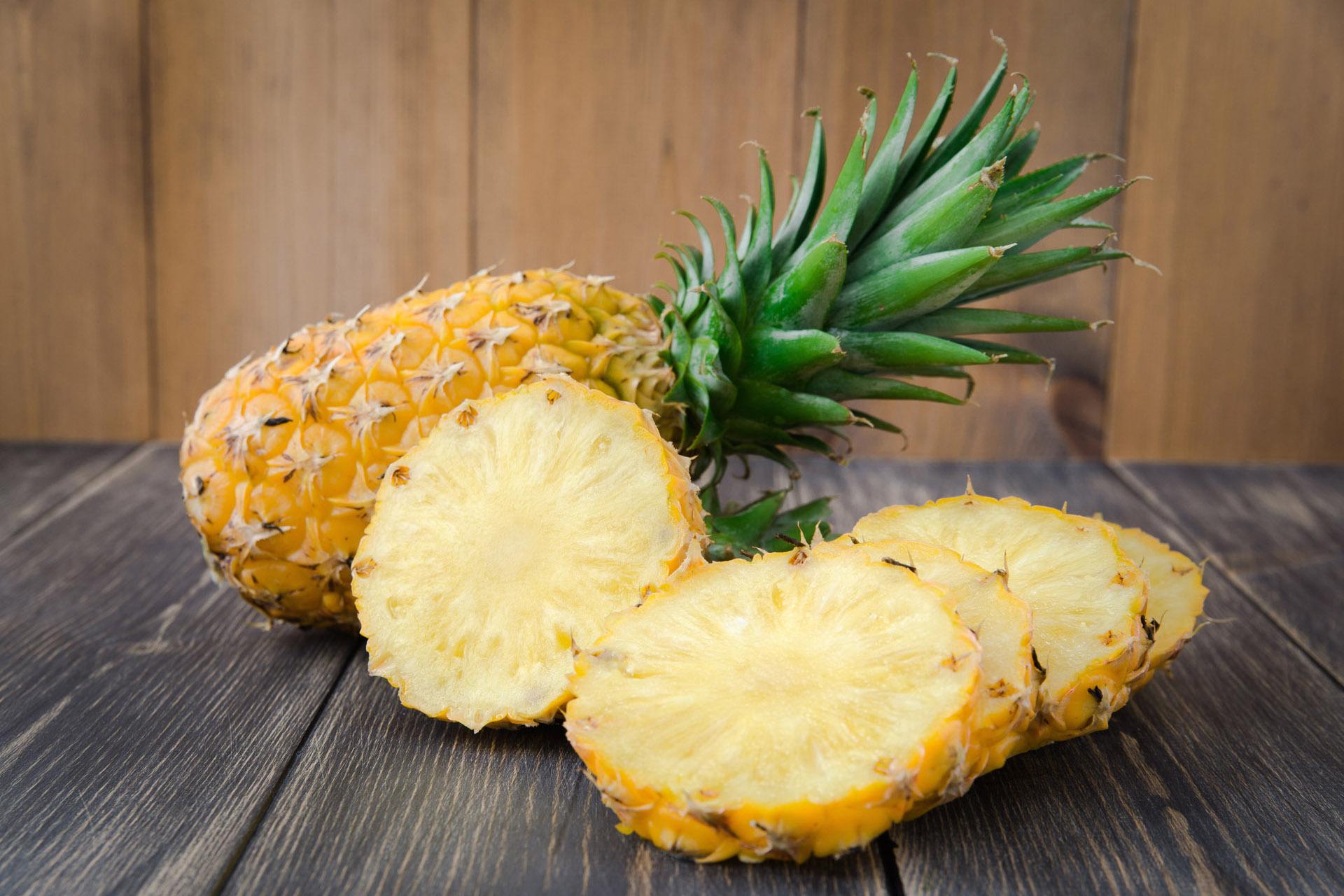 Диетолог Петре рассказала о полезных свойствах ананаса для организма человека