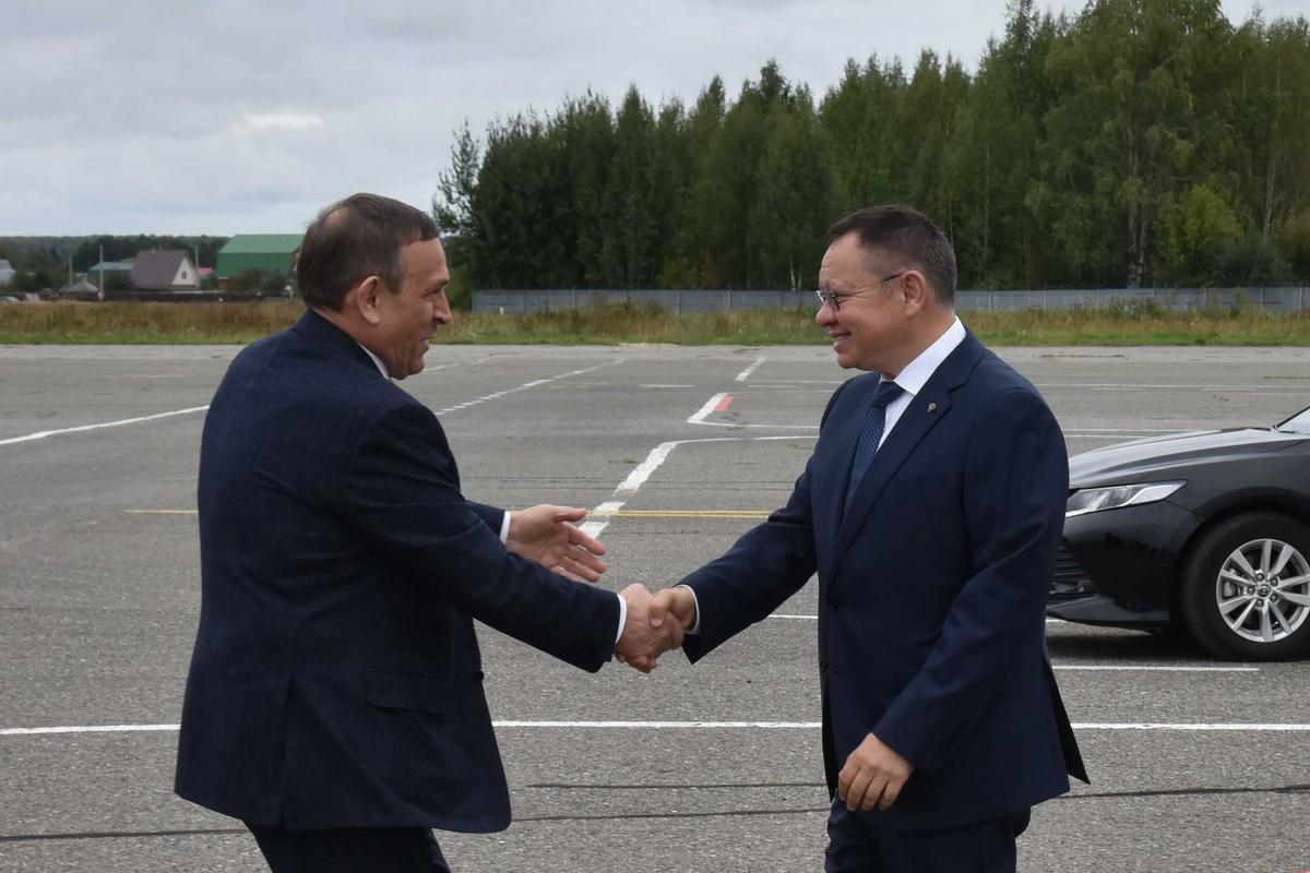 В Марий Эл прибыла делегация во главе с руководителем Минстроя России