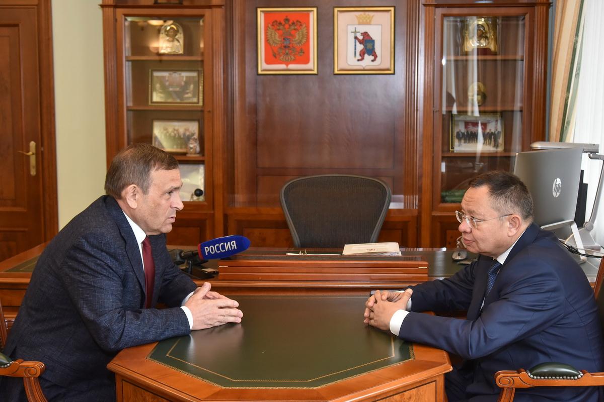 Глава Марий Эл и руководитель Минстроя России обсудили ряд актуальных вопросов