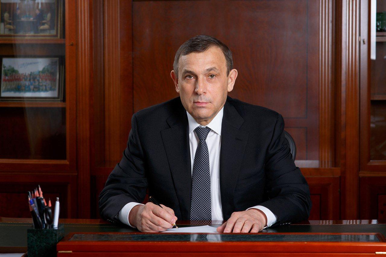 Глава Марий Эл Александр Евстифеев поздравил жителей республики с Днём машиностроителя