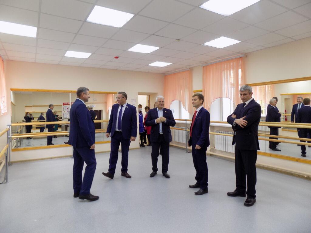 Сенатор Сергей Мартынов отметил роль детских школ искусств в сохранении и развитии культуры