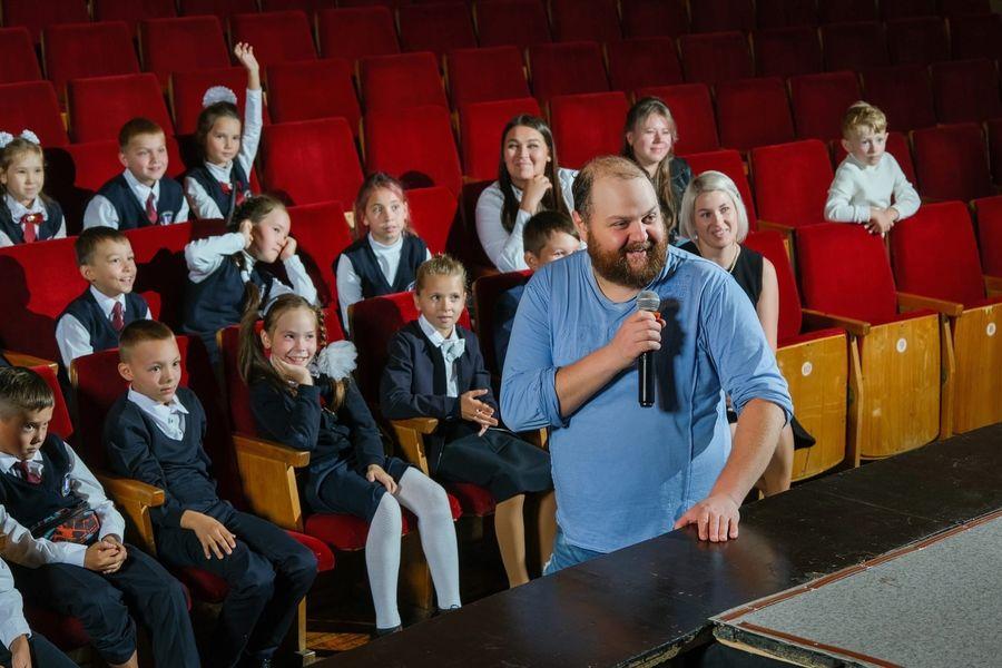 Для школьников Марий Эл провели лекцию об искусстве