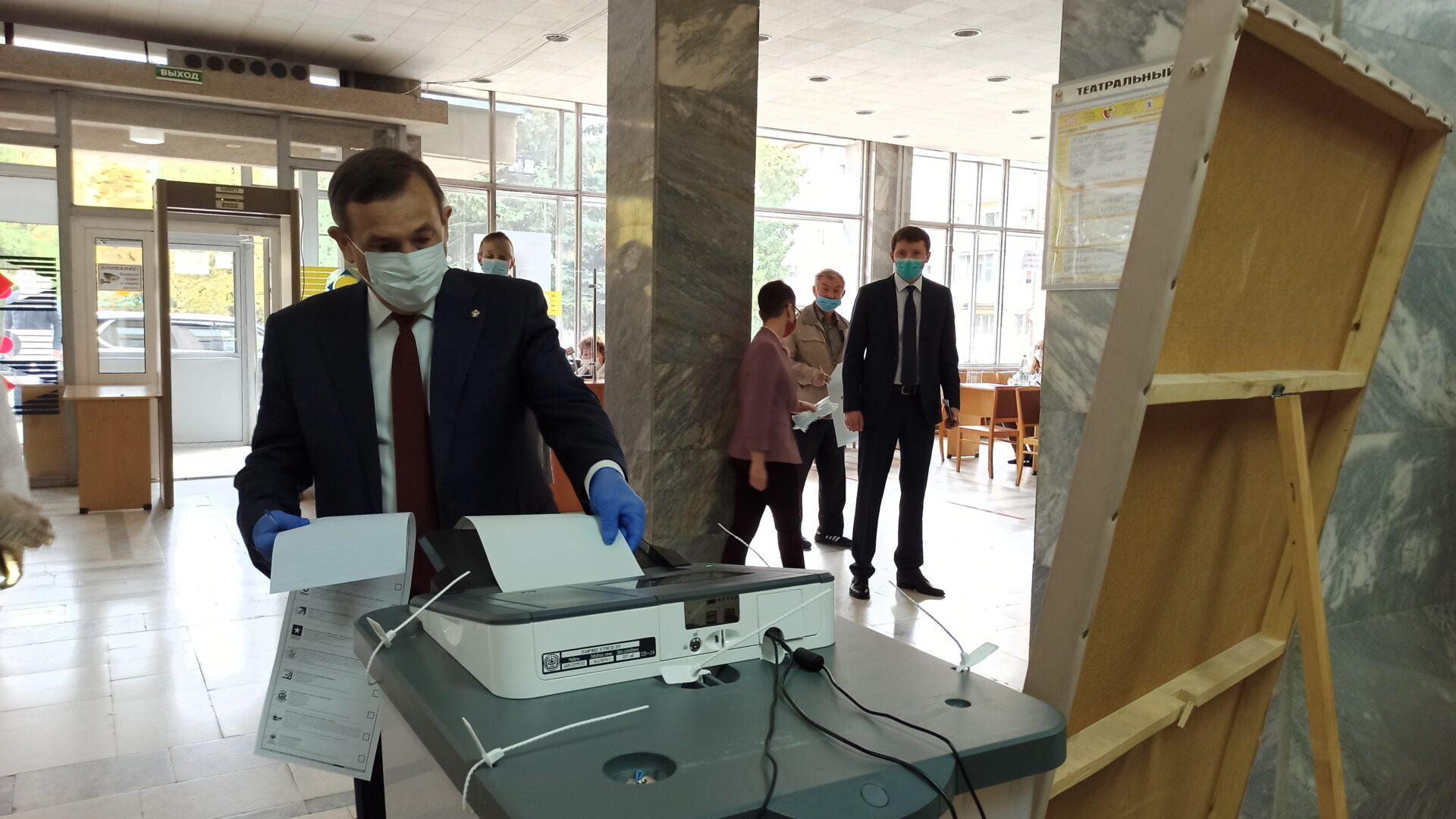 Глава Марий Эл проголосовал на выборах в Госдуму