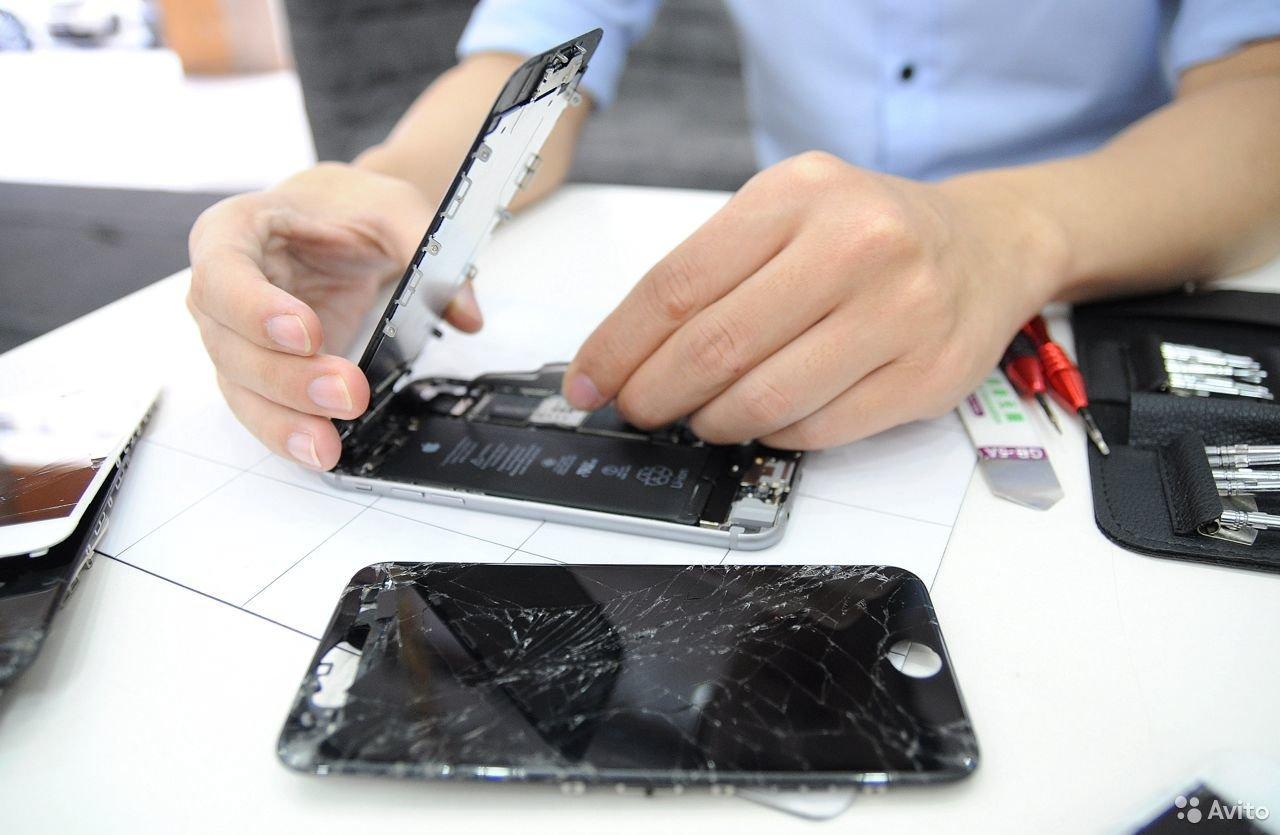 Раньше было лучше: из-за чего современные смартфоны и ноутбуки часто ломаются