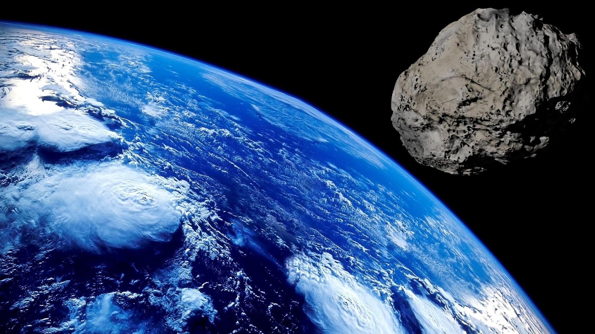 Алмазы в небе: ученые назвали причины ромбовидной формы астероидов