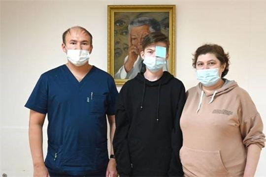 Подростку из Марий Эл спасли зрение в Чебоксарах
