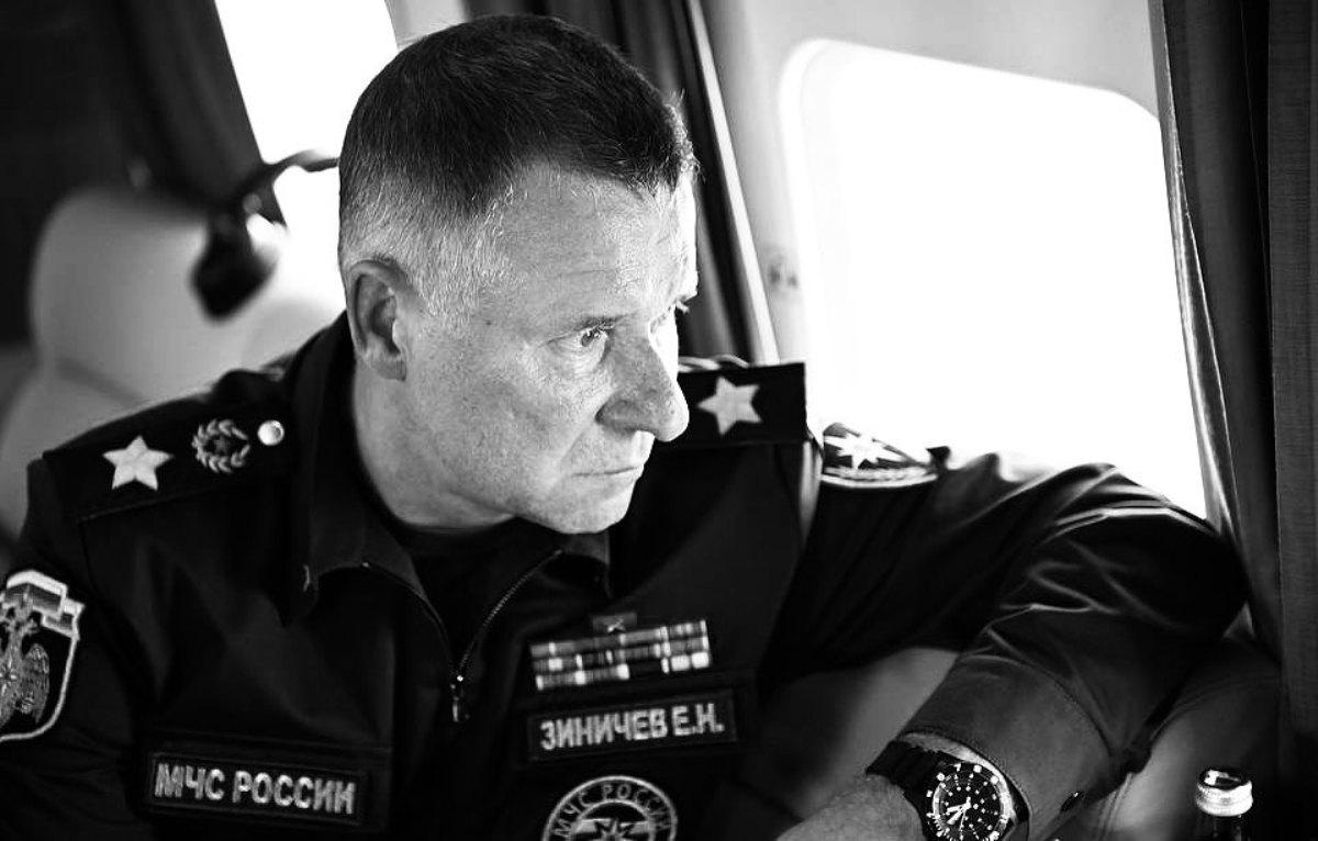 Глава Марий Эл выразил соболезнования родным и близким погибшего Евгения Зиничева