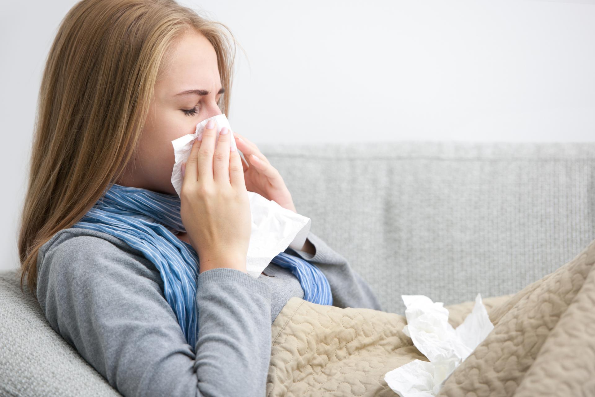 Исследователи назвали потенциальную причину долгого лечения COVID-19