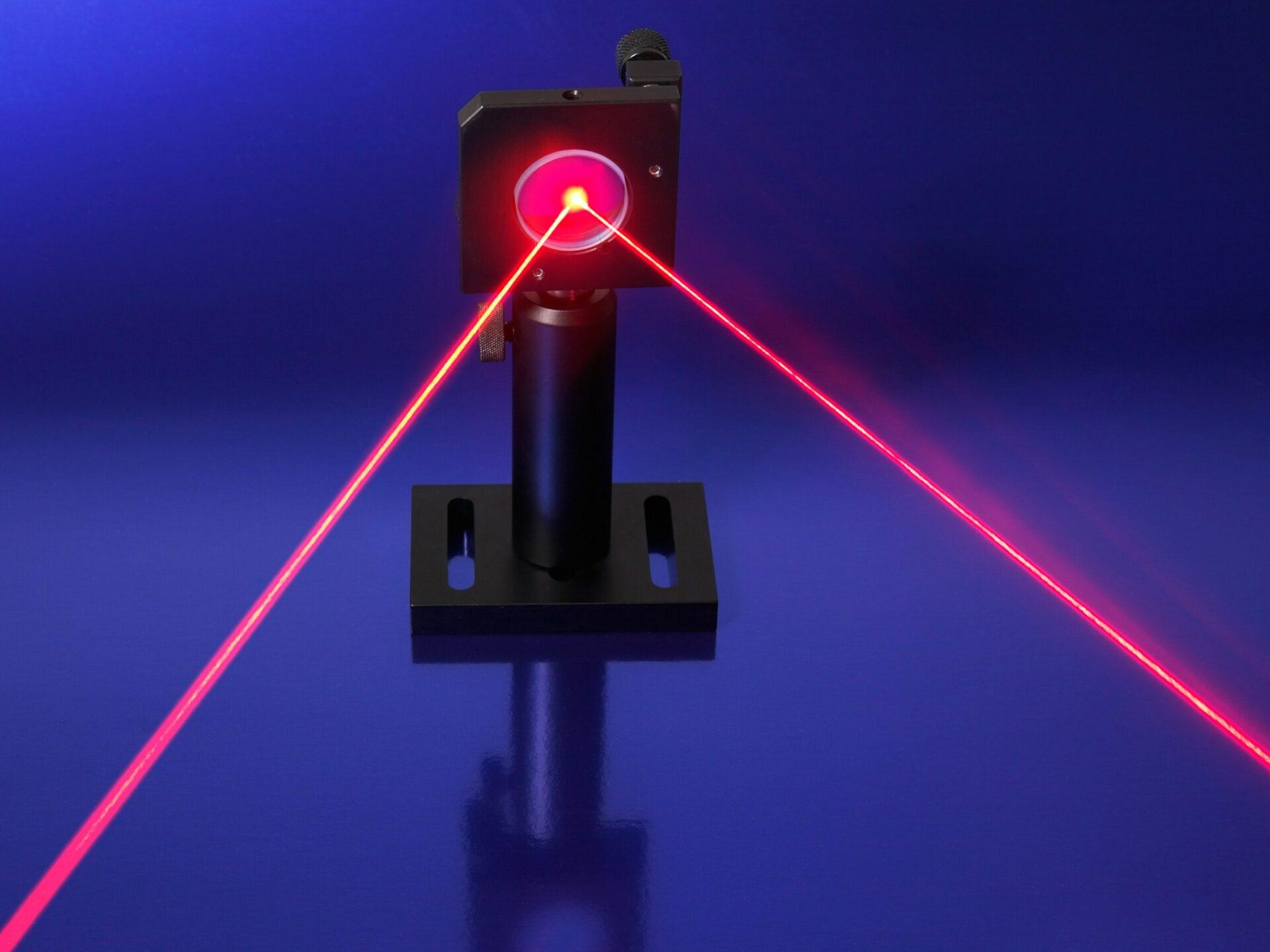 Создали лазерный сканер, позволяющий получить изображение комнаты через замочную скважину