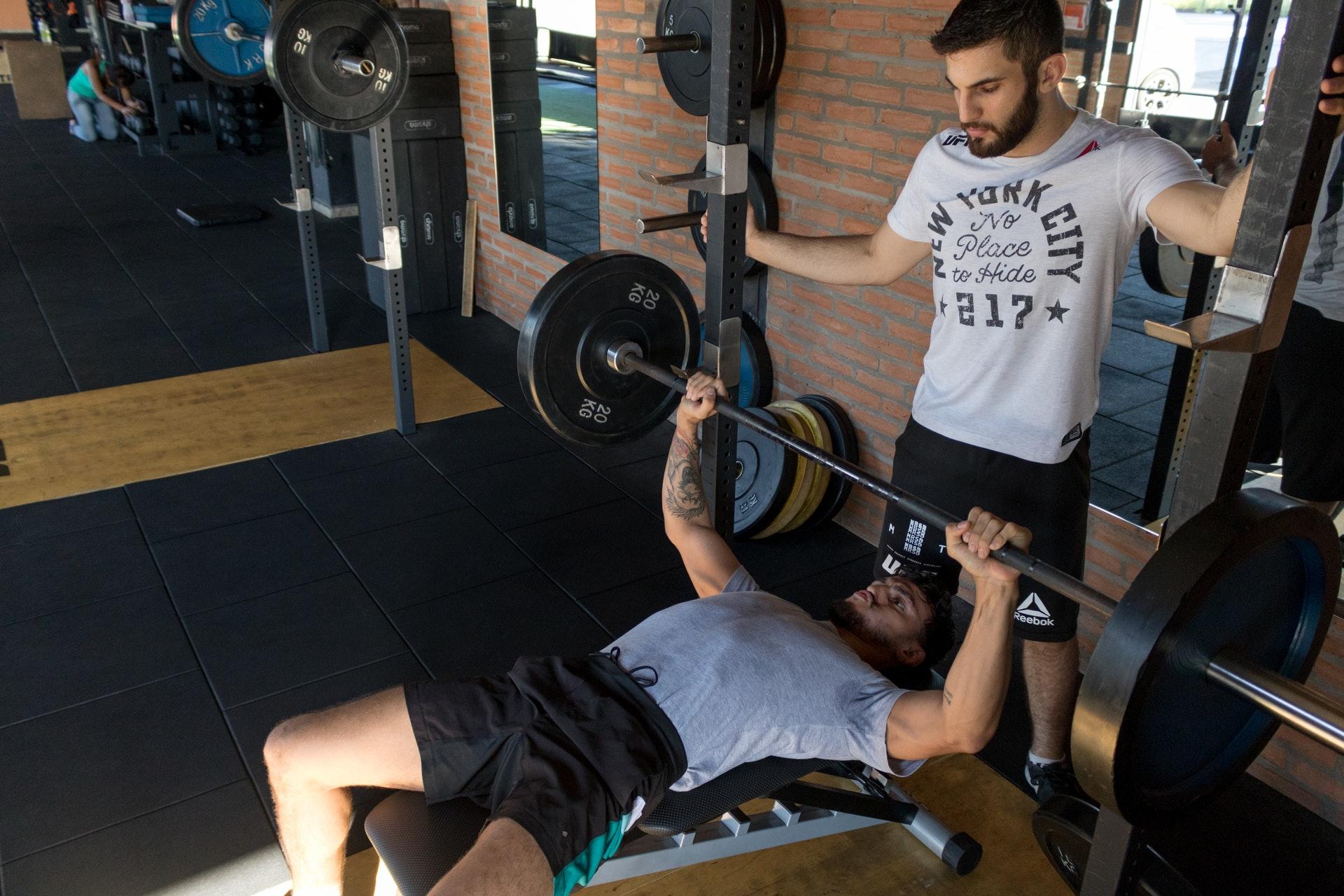 Daily Express: силовые тренировки по 12 минут понизят артериальное давление