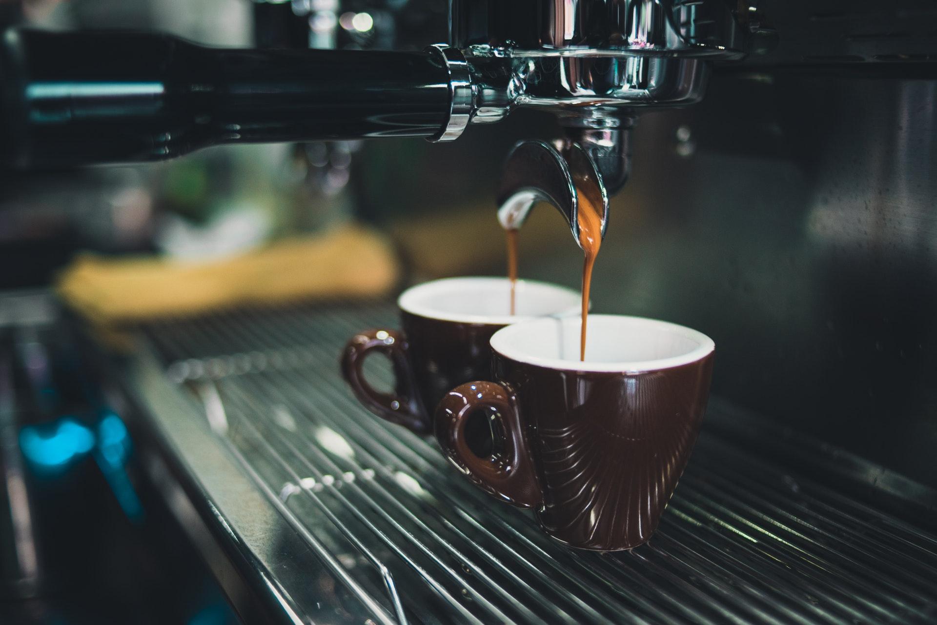 Диетолог Залетова: люди с высоким давлением могут заменить кофе на цикорий