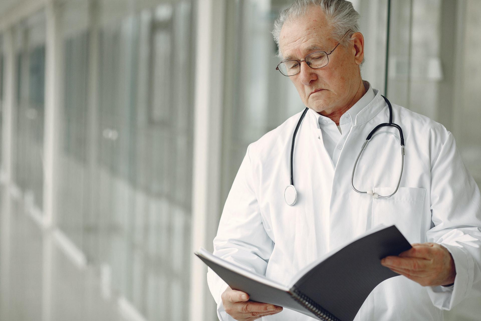 Мобильные телефоны помогают врачам в лечении пациентов с COVID-19