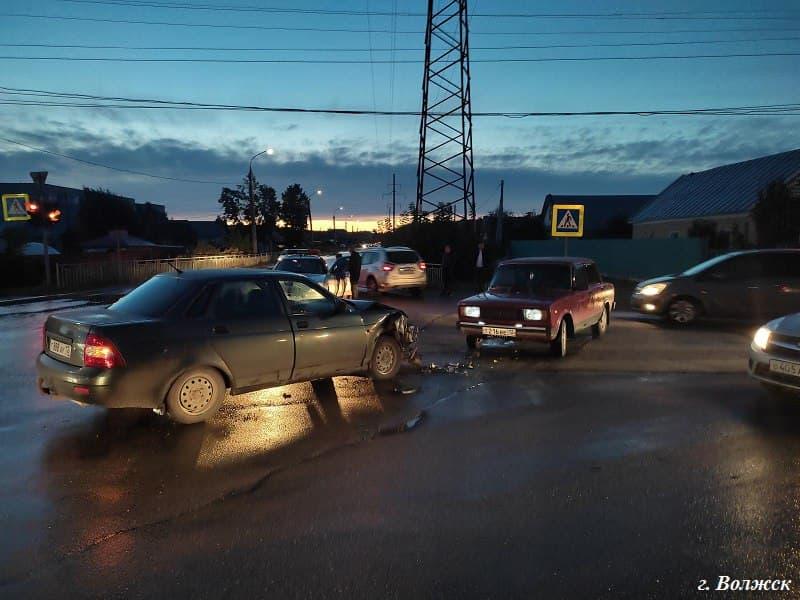 В Марий Эл 3 сентября автомобили сбили двух детей на пешеходных переходах