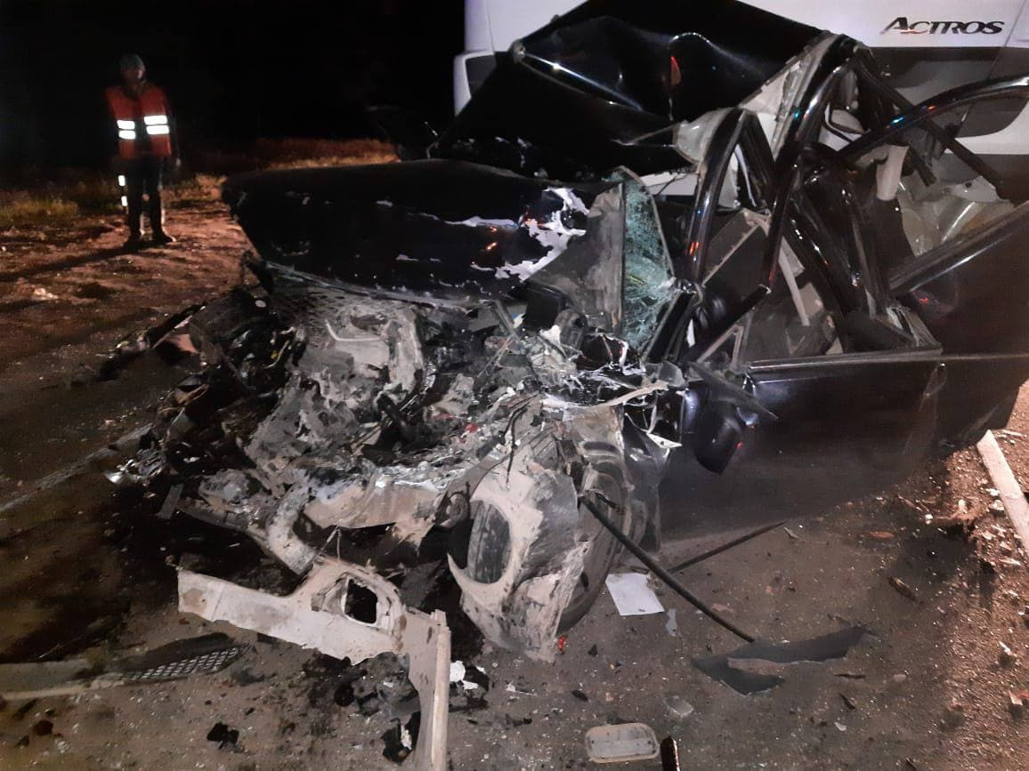 В Марий Эл в массовом ДТП с пассажирским автобусом и грузовиком погибли двое