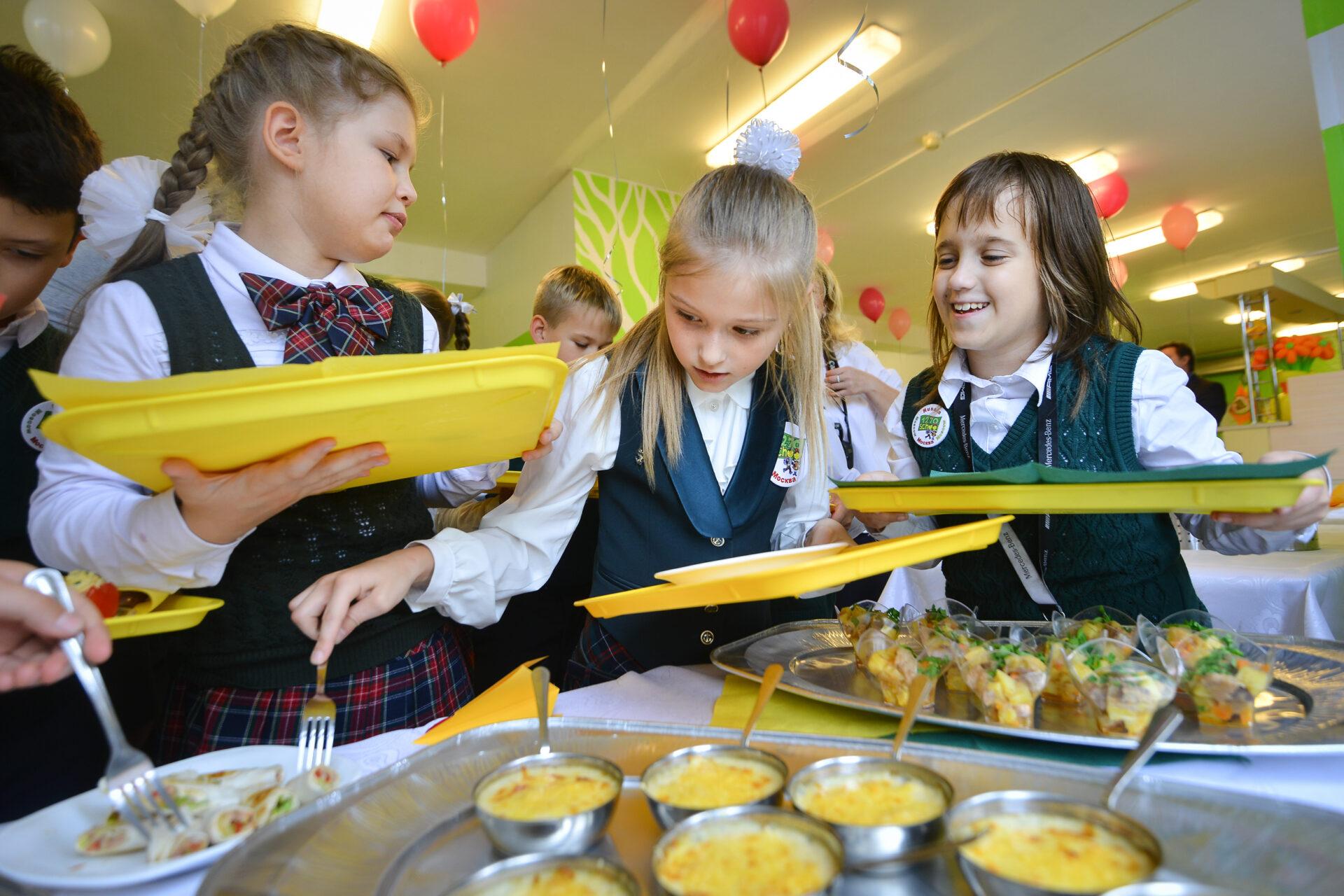 В Марий Эл родители могут обратиться на «горячую линию» по вопросам питания школьников