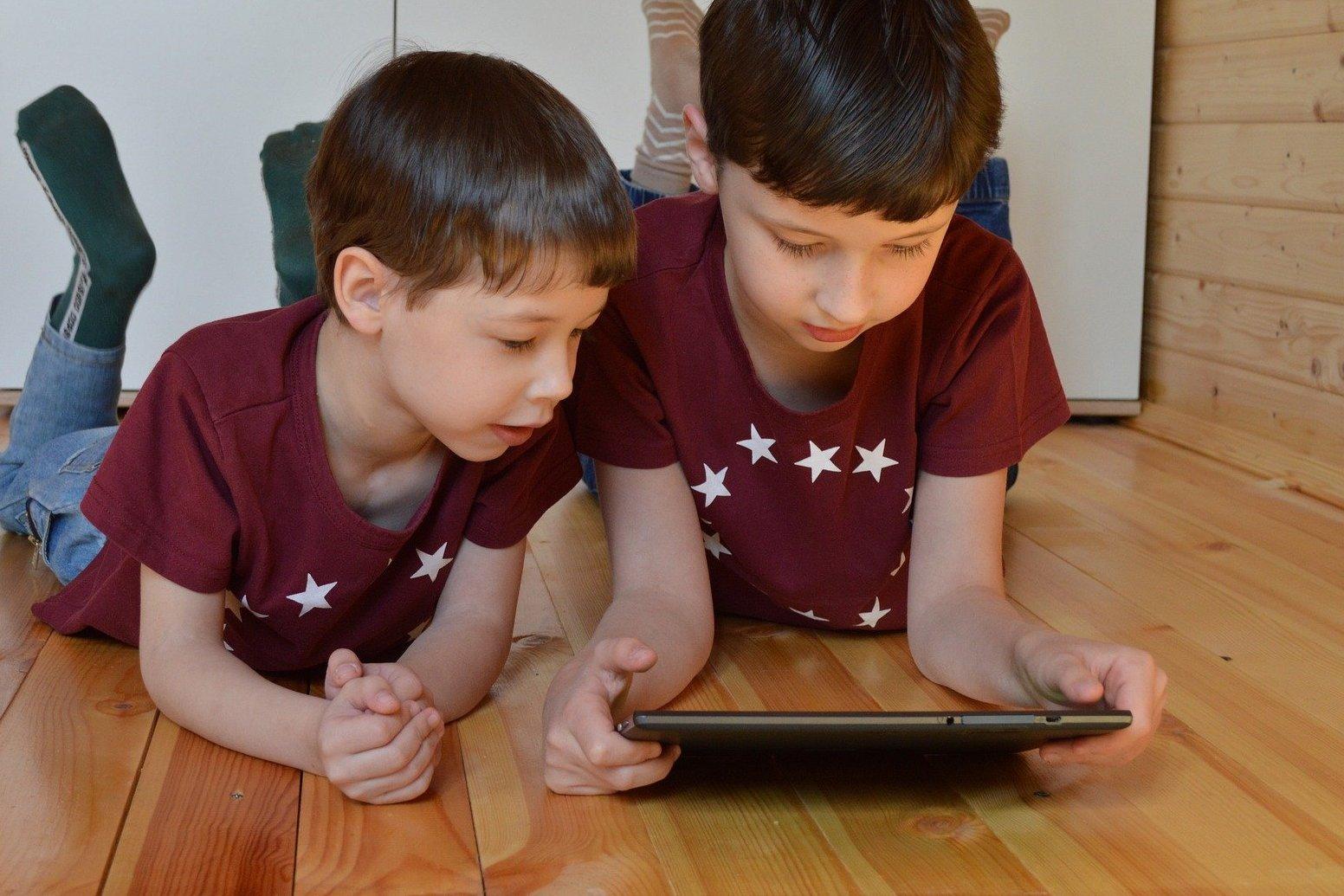 Психолог Таланов рассказал о способах оградить детей от кибертерроризма
