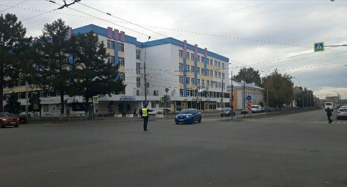 В Йошкар-Оле на перекрёстке Красноармейской и Комсомольской не работает светофор
