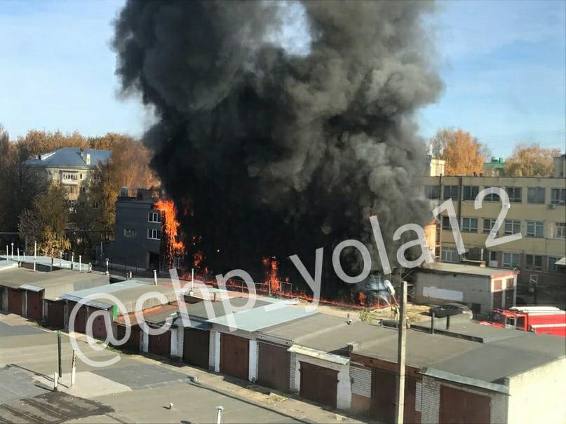 Крупный пожар случился в Йошкар-Оле