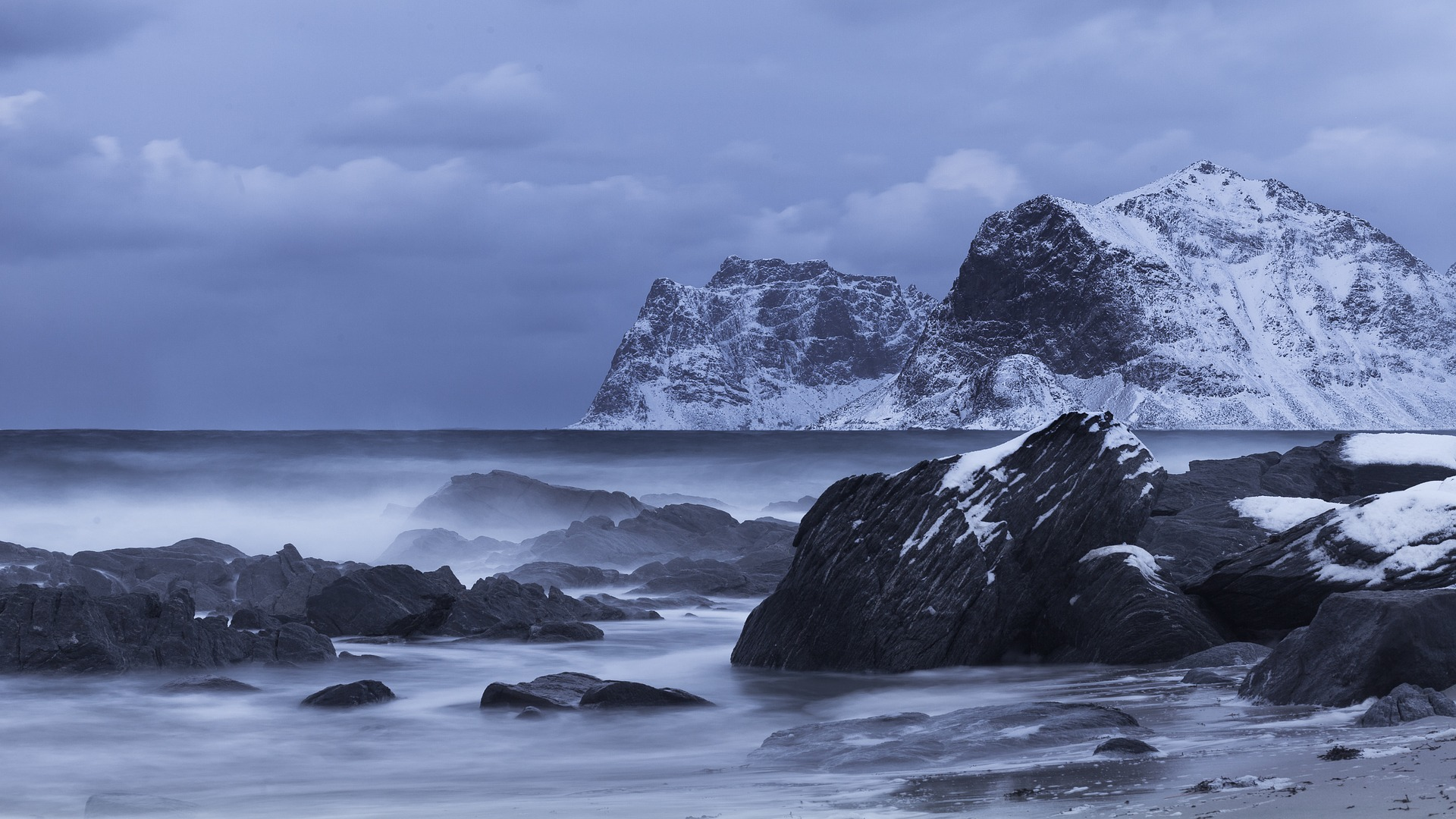 Сибиряков предупредили о вирусной угрозе из-за таяния ледников