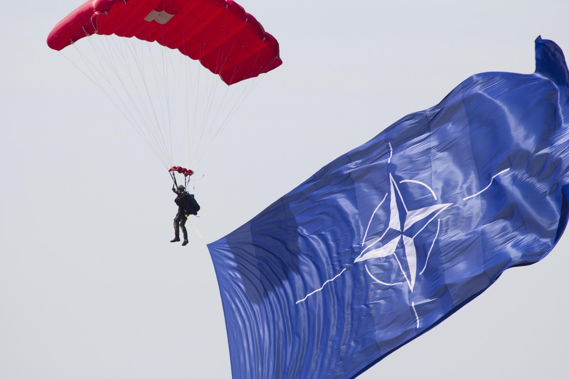 Soha: в случае безъядерной войны с Российской Федерацией НАТО ожидает распад