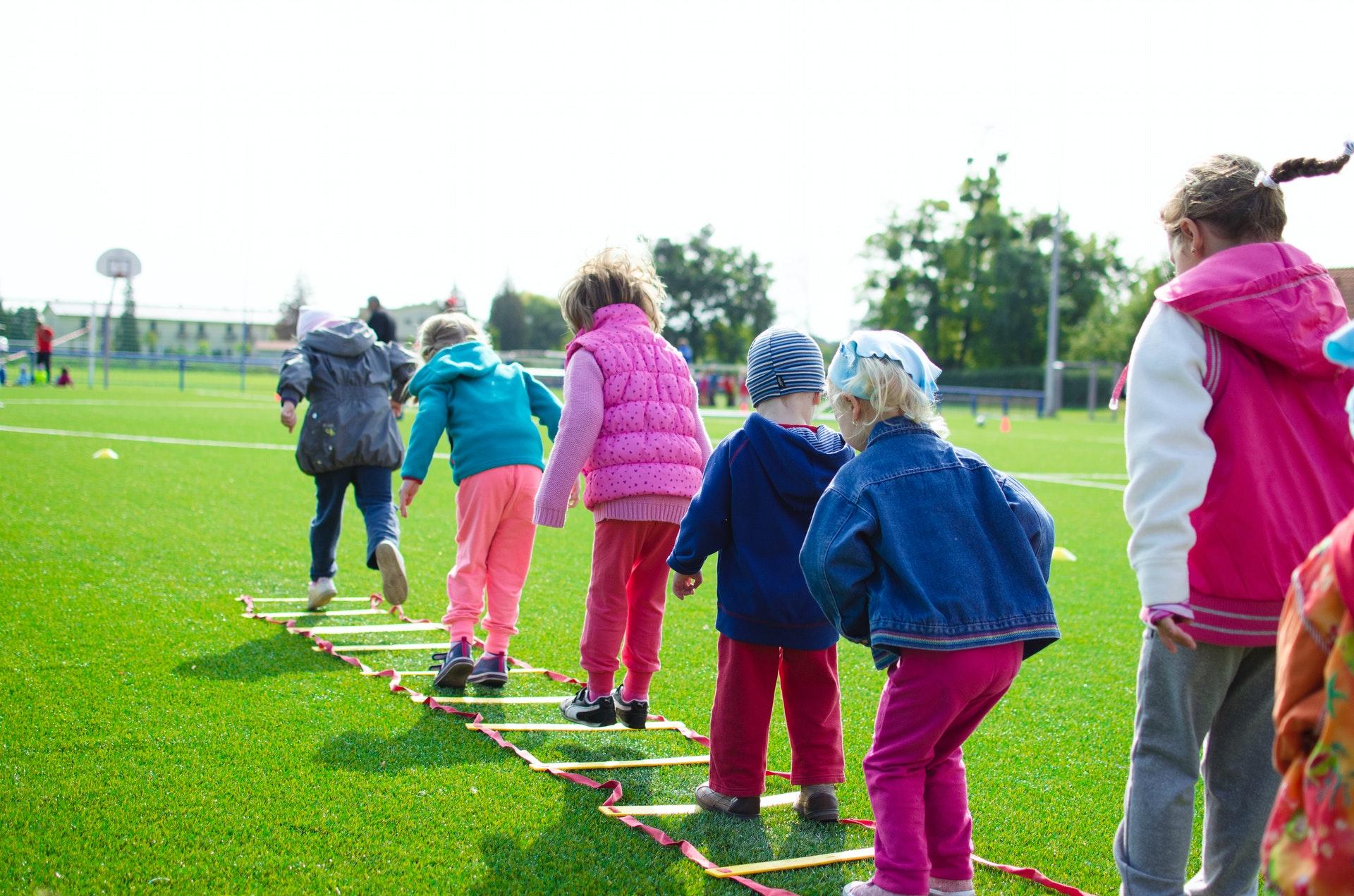 Телеврач Мясников призвал приучать детей к спорту для снижения рисков опасной болезни