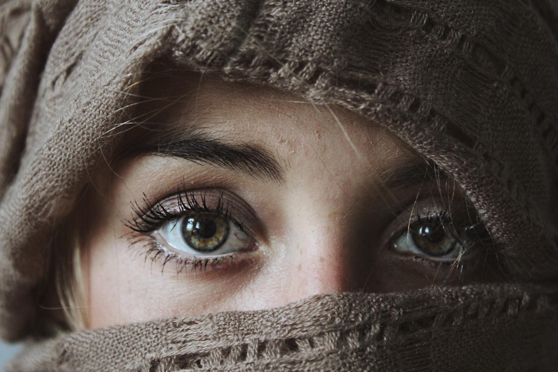 Дефицит витамина D в организме можно диагностировать по глазам
